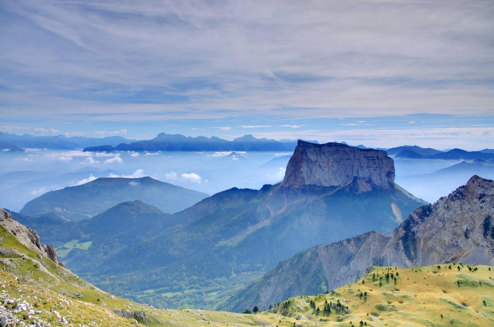 ascension de la voie normale du mont aiguille vercors gecco aventure